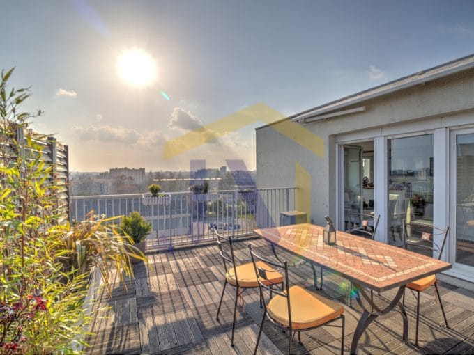 bordeaux immobilier appartement dernier étage terrasse